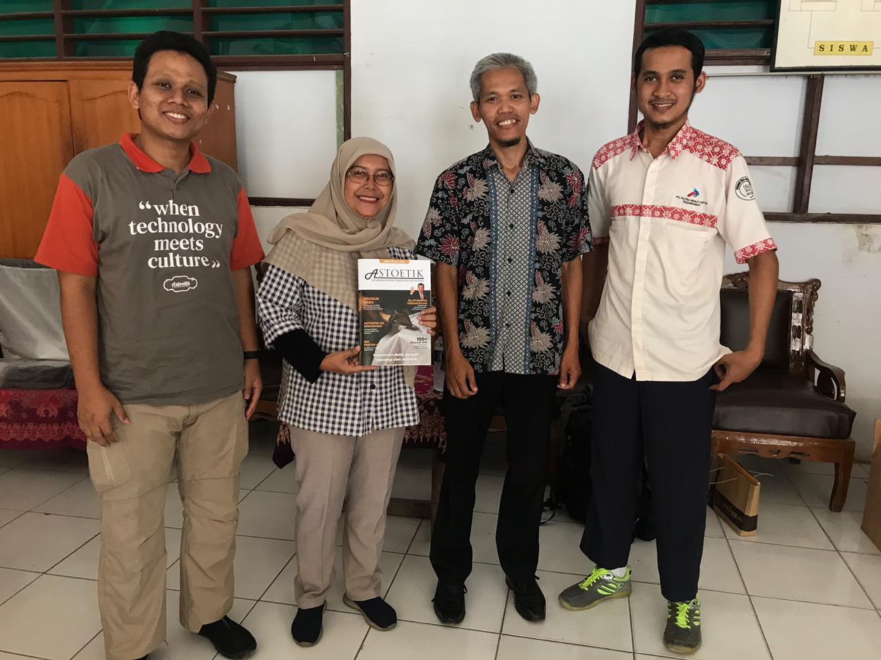 Semangat Belajar Batik di SMK N 1 Jambu & Siswa Difabel SLB Kuntum Mekar Jakarta